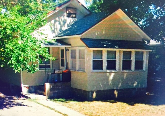 808 E. Douglas – 2 Bedroom House