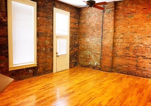 405 N. Main – 1 Bedroom above Coffee Hound