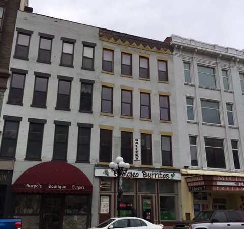 Downtown Loft – 108 W. Washington